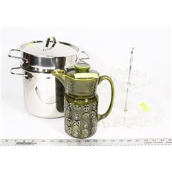 MINI STOCK POT WITH PITCHER AND A PARTY TRAY