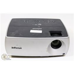 INFOCUS 2500 LUMENS DIGITAL PROJECTOR