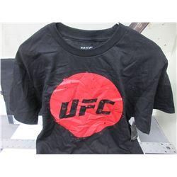 New UFC T Shirt / size Medium