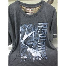 New Realtree T-Shirt size Large