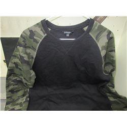 New CAMO long sleeve Shirt size Medium