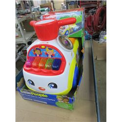 New Fisher Price Ride -On Music Parade / pre-school 1-3