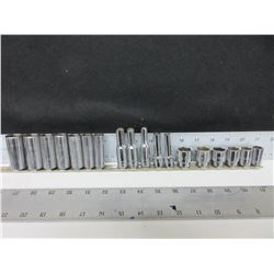 18 piece 3/8 dr Sockets / 7 Sockets are MAC / deep are Challenger