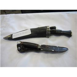 GUTTING KNIFE W/ SHEATH, 2 MINI KNIVES, AND OTHER KNIFE
