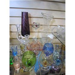 LOT OF COLOURED ESTATE GLASSWARE