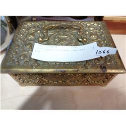 CAST BRASS VICTORIA JEWELERY BOX