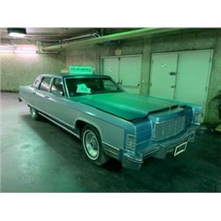NO RESERVE! 1976 LINCOLN TOWN CAR