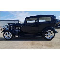 4:30PM SATURDAY FEATURE 1932 FORD TUDOR CUSTOM STREET MACHINE SHOW HOTROD