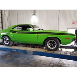 1971 DODGE CHALLENGER 440 4 SPEED 6 PACK DUAL QUAD STUNNING RESTORATION