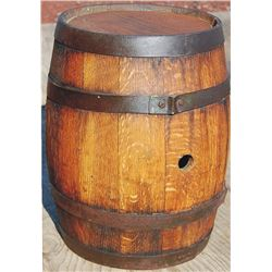 nice oak barrel