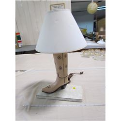 TABLE LAMP (HAND MADE FOLK ART) *COWBOY BOOT*