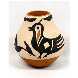 Native American Santo Domingo Pottery Jar