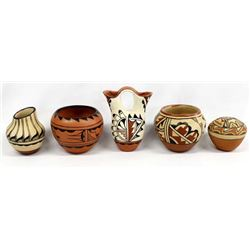 5 Pieces of Native American Jemez Pottery