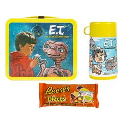"""E.T."" Lunch Box with Thermos & Reese's Pieces."