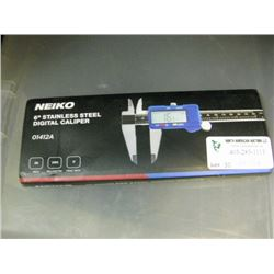 NEIKO - 6 INCH STAINLESS STEEL DIGITAL CALIPER