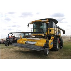 2009 NEW HOLLAND CR 9070 Combine