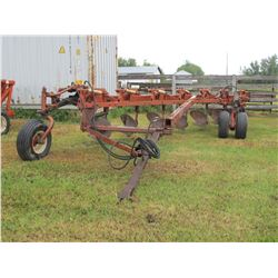 MELROE 7 BOTTOM PLOW