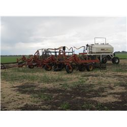 BOURGAULT FH3642 - 36' SINGLE SHOOT AIR SEEDER