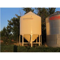 MERIDIAN 16-12 APPROX 2800 BU EPOXY COATED FERTILIZER BIN