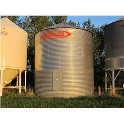 BUTLER 18' - APPROX 4000 BU 5 RING BIN ON WOOD FLOOR