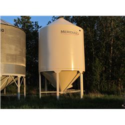 MERIDIAN 14 - 12-APPROX 2100 U FERTILIZER BIN