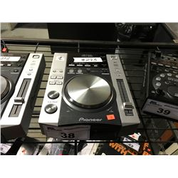PIONEER CDJ-200 DJ TURNTABLE, COMPACT DISC PLAYER