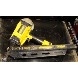 DEWALT CLIPPED HEAD FRAMING NAILER