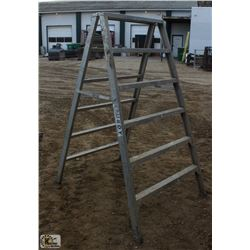 6 FOOT STURDY SAWHORSE/LADDER