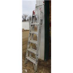 6 FOOT LITE ALUMINUM STEP/EXTENSION LADDER