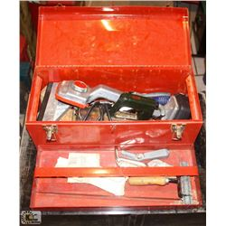 RED TOOL BOX W/ ASSORTED CARPET LAYING TOOLS