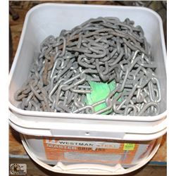 BUCKET OF ASSORTED LIGHT DUTY CHAIN