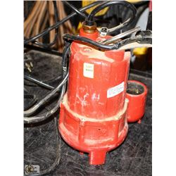 RED SUBMERSIBLE SUMP PUMP