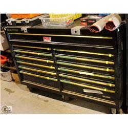 CLARKE HD PLUS 13 DRAWER TOOL BOX ON CASTORS