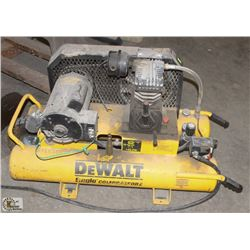 DEWALT 10 GALLON ELECTRIC AIR COMPRESSOR