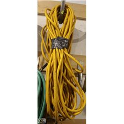 2 ASSORTED LENGTH HEAVY DUTY AIR HOSES