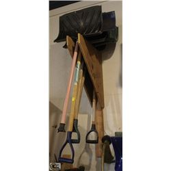 LOT OF 5 SNOW SHOVELS