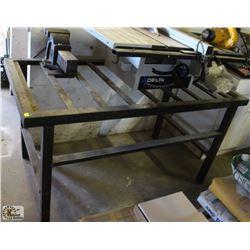 METAL FRAME TABLE W/ IRWIN VISE