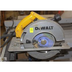 ELECTRIC DEWALT CIRCULAR SAW