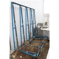 METAL GLASS RACK ON WHEELS