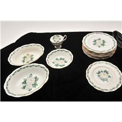 19DO-14 ROYAL ALBERT BONE CHINA