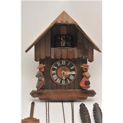19GB-16 WOOD CARVED CLOCK