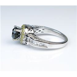 19CAI-26 BLACK  WHITE DIAMOND RING