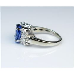 19CAI-12 TANZANITE  DIAMOND RING