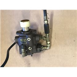 PARKER PVP3336K9R520 AXIAL PISTON PUMP