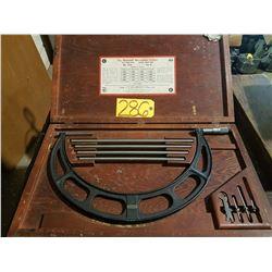 "Starrett No.224 SET D Micrometer interchangeable Set 12""-16"""