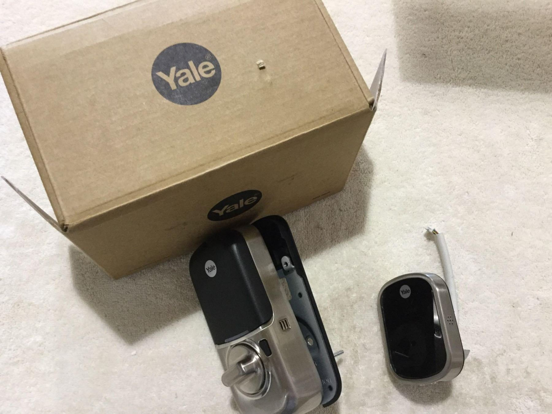 Yale Electronic Door Lock System