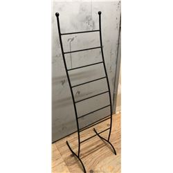 WIRE RACK - APPROX 4' H