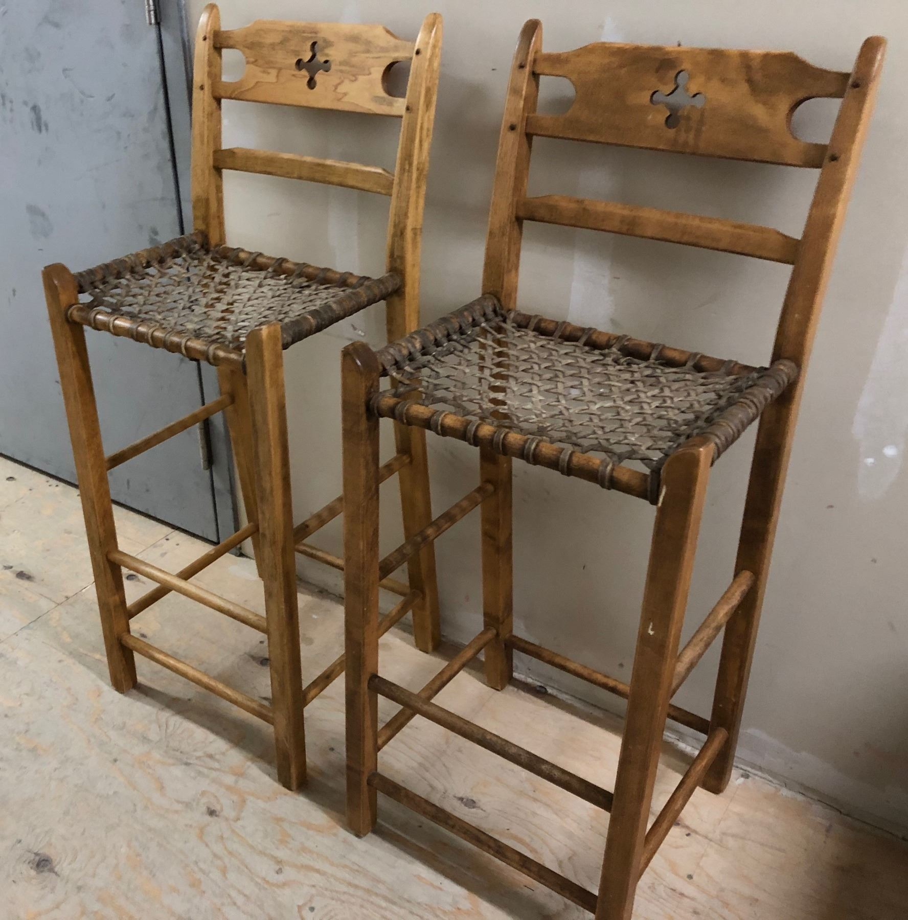 Excellent Set Of 4 Kitchen Counter Height Stools With Cat Gut Seats Lamtechconsult Wood Chair Design Ideas Lamtechconsultcom