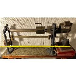 HOWE SCALE CO. ANTIQUE BRASS & CAST SCALE WITH WEIGHTS - UNIQUE DESIGN