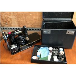 SINGER FEATHERWEIGHT SEWING MACHINE WITH CASE & ACCESSORIES.